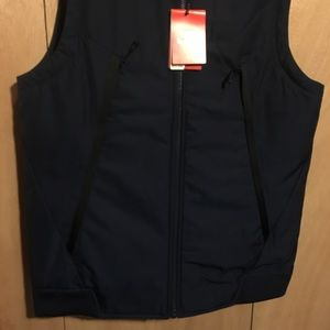 cdd5e27d3e54 Nike Jackets   Coats - NWT Men s Nike Modern Quilted Gilet Vest Navy